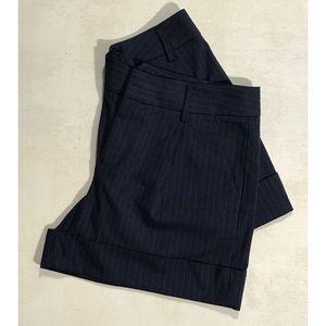 ❗️Final Price❗️NWOT Gap Navy Pinstriped Shorts